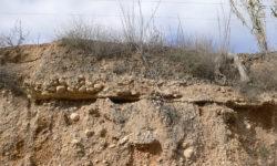 Restos de la antigua acequia del Aljau antes de la llegada a la Rafica.